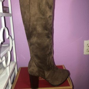 Brown Suede thigh boots